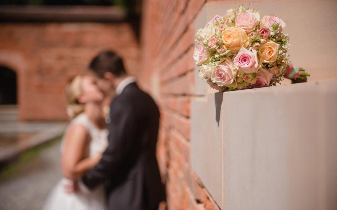 Profi für Hochzeit engagieren // Dienstleister zur Hochzeit