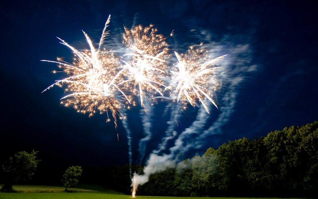 Rothdach Feuerwerk