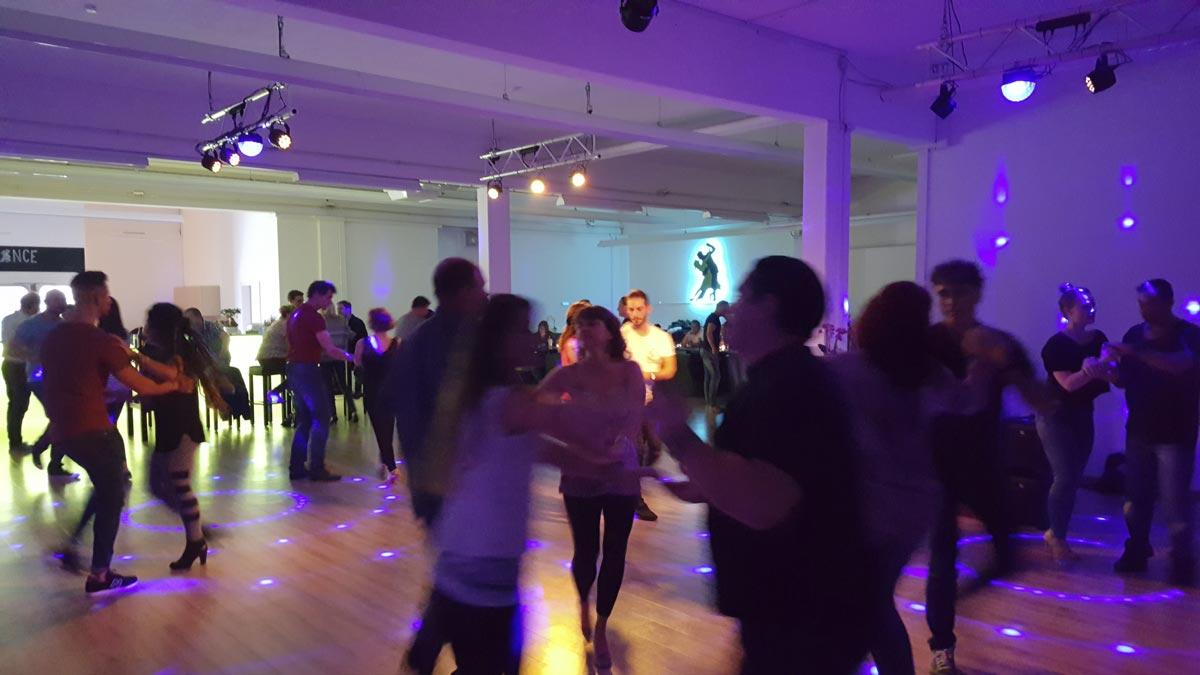 Tanzschule-Illerdance-1